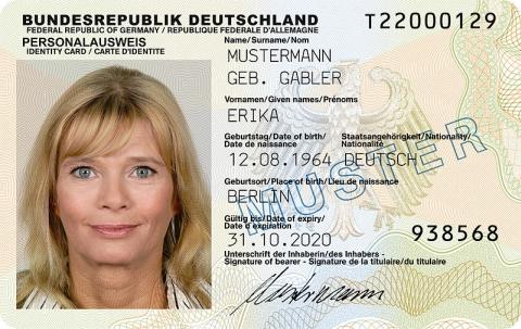 Deutscher Personalausweis seit 1. November 2010