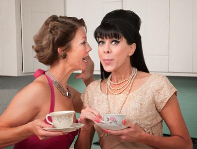 Frauen mit 60er Jahre-Frisuren © Scott Griessel - Fotolia.com