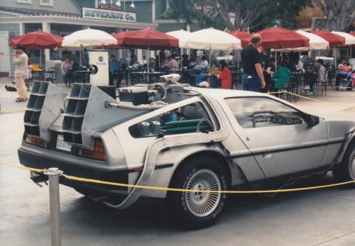 """DeLorean aus """"Zurück in die Zukunft"""""""