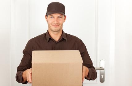 Paketbote © detailblick-foto - fotolia.com